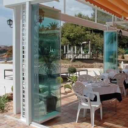 Seattle patio covers sunrooms solariums pool enclosures for Retractable walls residential