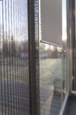 retractable-glass-walls-blind-systems-009