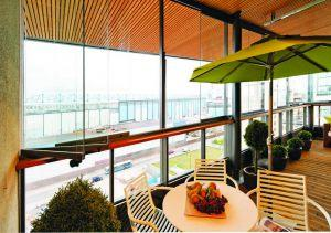 retractable-glass-walls-condos-hotels-balconies-0023