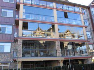 retractable-glass-walls-condos-hotels-balconies-003