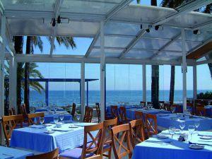 retractable-glass-walls-restaurants-0013