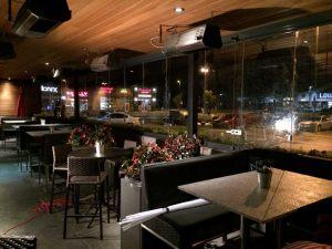 retractable-glass-walls-restaurants-004