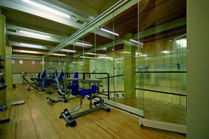 retractable-glass-walls-restaurants-008