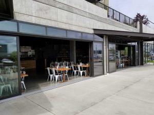 opening-glass-doors-tacoma-restaurant-07