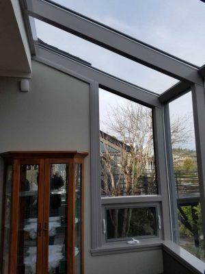 glass-sunroom-breakfast-nook-01