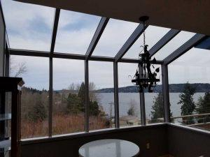 glass-sunroom-breakfast-nook-03