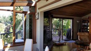 wood-straight-eave-dining-sunroom-05