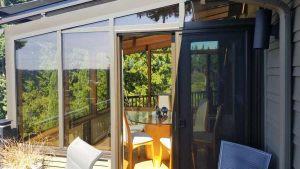 wood-straight-eave-dining-sunroom-11